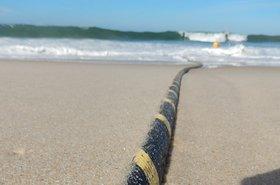 Cable submarino